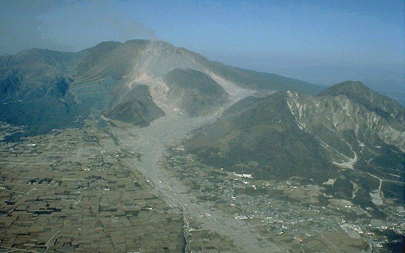 Mt. Unzen, showing extensive pyroclastic flow and lahar deposits