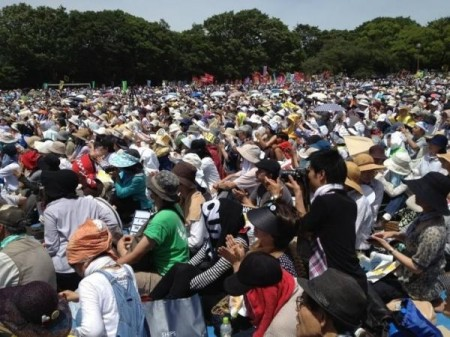 "[Ajisai Revolution] 170,000 people joined protest in Tokyo ""We won't die in insult.""31"