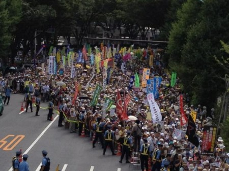 "[Ajisai Revolution] 170,000 people joined protest in Tokyo ""We won't die in insult.""30"