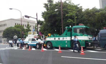 [Ajisai revolution] Police welcoming the protest 3
