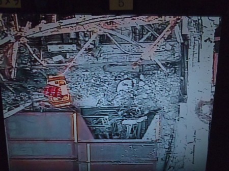 3 Tepco crane picked up the skimmer surge tank hatch by mistake during debris removal of reactor3