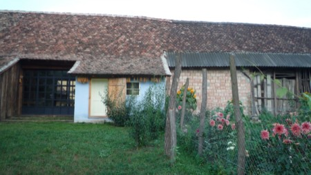 9 [Column] Field research day 2 - Most of the Romanian property is already bought by Italian