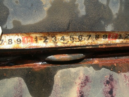 3 [Photo] 2 holes found in the bottom of 300m3 leakage tank / Entirely deteriorated