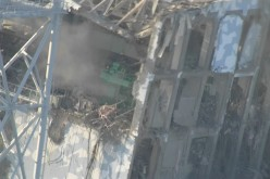 Tepco reported radiation level of Reactor 2 suddenly dropped just after Reactor 4 blasted during 311