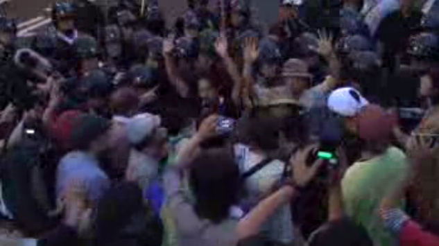 [Live] The protest is being forcibly removed