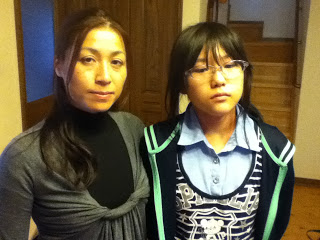 """[Fukushima children] """"Doctor couldn't count all the thyroid cysts of my daughter"""""""