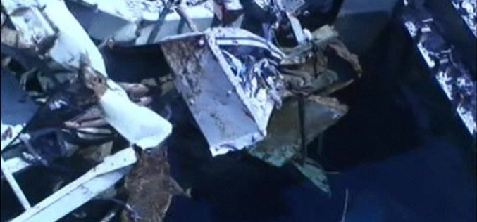 """Tepco """"570 kg of debris dropped on 10 fuel assemblies in SFP3, can't see the fuel but everything is ok"""" – Video"""