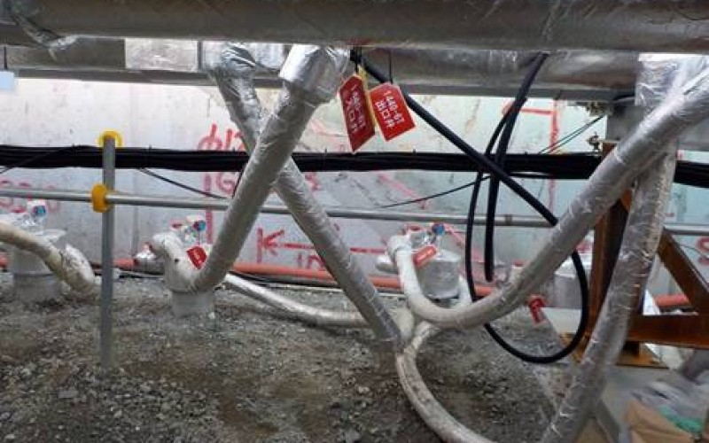 [Photo] Tepco experimentally started freezing the underground wall to surround 4 crippled reactors