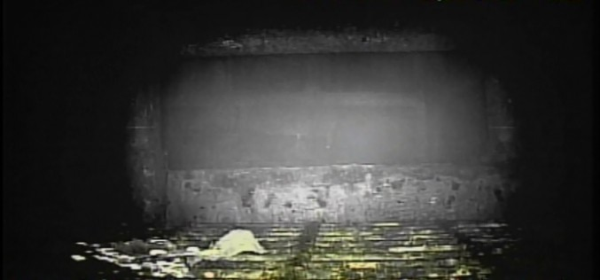 [Video/Photo] The dead robot reported 10 Sv/h in Reactor 1 / Grating covered with something like yellow glue